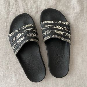 adidas•Floral Printed Black Slides